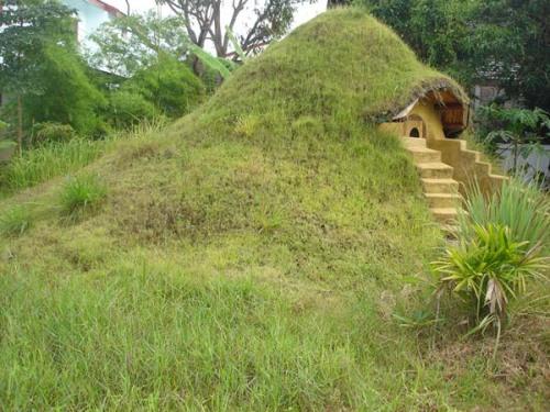 Mother Earth News Earthbag Dome