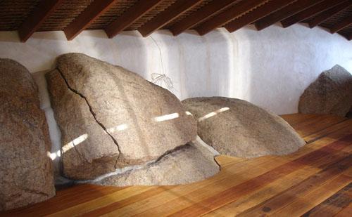 casita con piedras