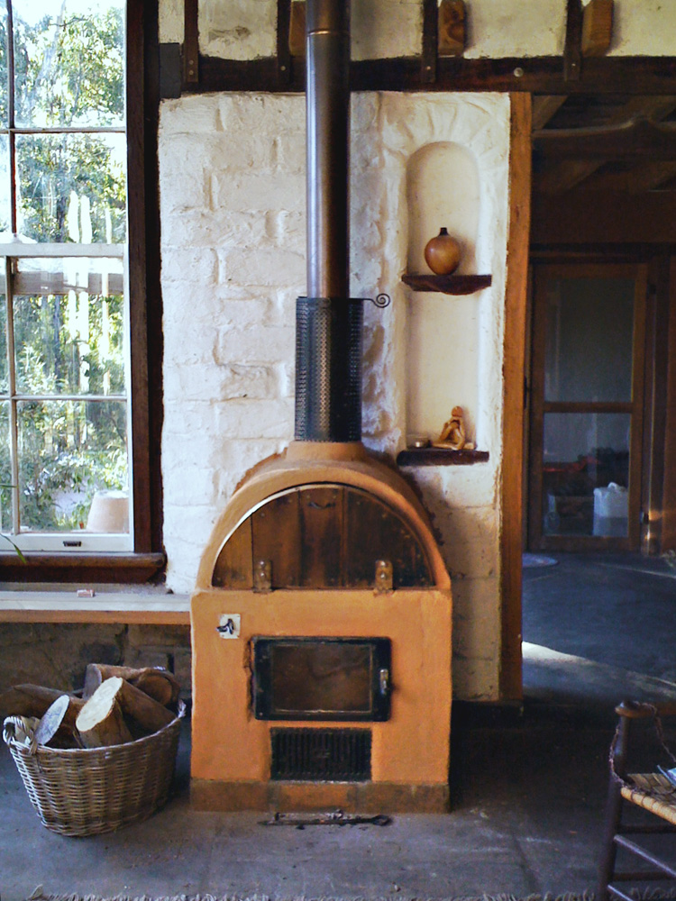 Jayn Hobba builds a wood stove for $165