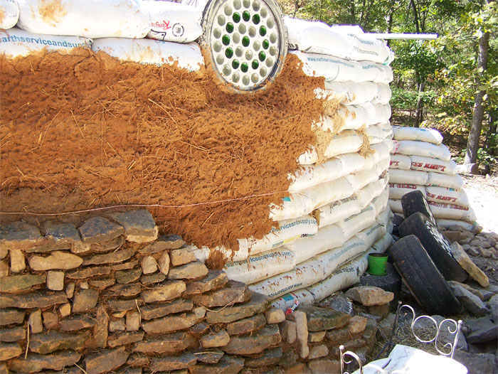 Earthbag Homes Pictures http://www.naturalbuildingblog.com/majors-way-sustainable-living-program/