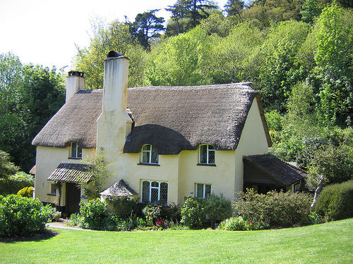 The beauty of traditional thatching natural building blog - How to make a thatched roof ...
