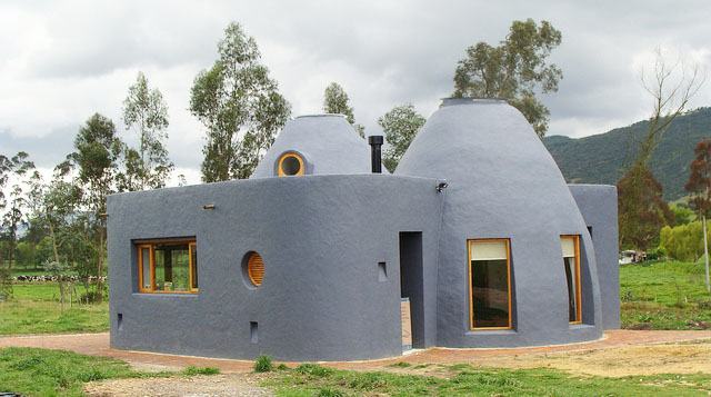 La casa vergara natural building blog for Building an adobe house
