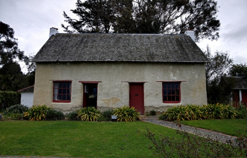 Cob Cottage in Marlborough (click to enlarge)