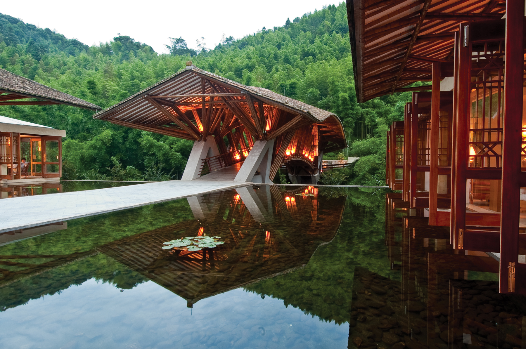 Crosswaters ecolodge natural building blog for Sustainable hotel design