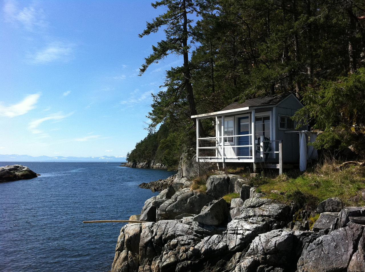 Island cottage north of Vancouver, British Columbia. Submitted by Kim Hadley. (click to enlarge)