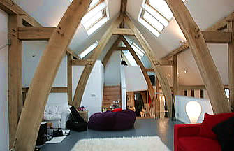 Moffet sitting room – contemporary cruck oak framed house