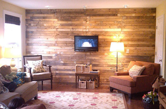 Rustic wall made of salvaged wood pallets