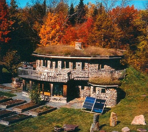 Rob Roy's earth-sheltered cordwood home
