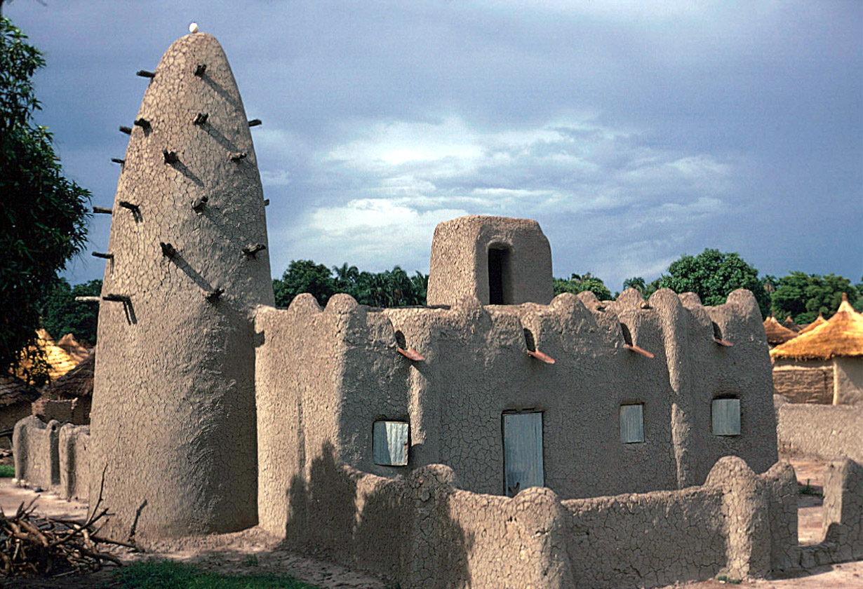 """Desert vernacular architecture – """"the word refers to the type of architecture that is indigenous to a specific time or place and is not copied / imported from anywhere else."""" (click to enlarge)"""